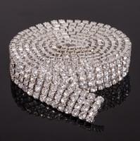 kristal düzeltme bahçesinde toptan satış-MIC Sıcak satmak 4-row Kristal Rhinestone Trimler Yakın Zincir Gümüş ss16 x1 yard Takı Bulguları Bileşenleri