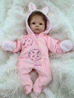 silikon bebek canlı bebek toptan satış-Toptan-18 inç Yumuşak Silikon Yeniden Doğmuş Bebek Bebekler Bebek Alive Doll Kızlar El Yapımı Vinil Dolması Oyuncaklar Gerçekçi NPK Marka Bebek Büyük Gözlü
