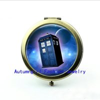 Wholesale Metal Antique Pocket Mirror - New Arrival Doctor who Pocket Mirror Antique Pocket Mirrors Doctor who moon space Jewelry Personalized Compact Mirror--00226