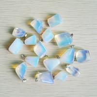 encanto de piedra opal al por mayor-venta al por mayor colgantes de piedra Opalite irregular Opal Irregular para encanto joyería 50 unids / lote envío gratis