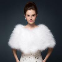 bolero ceketler gelin toptan satış-Lüks Devekuşu Tüyü Gelin Şal Kürk Sarar Evlilik Shrug Coat Gelin Kış Düğün Parti Boleros Ceket Pelerin Beyaz Haki 100 * 30 cm