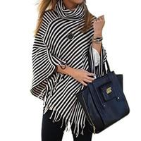 schwarze pullover weiße streifen frauen großhandel-Frauen schwarz weiß Streifen Ponchos Tassel Rollkragenpullover stricken Polyester eine Farbe Frauen Kapstreifen Mantel