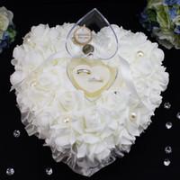 rosa rose gefallen großhandel-7 Farben Weiß / Elfenbein / Rosa Romantische Elegante Rose Hochzeit Bevorzugungen Herzförmige Ringkissen Box Kissen Dekor Günstige Hochzeitsgeschenke