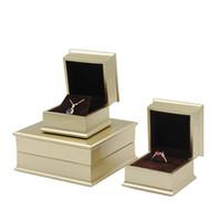 kutu süitleri toptan satış-Lüks Takı Hediye Kutusu Nişan Düğün Mücevherat Mevcut Yüzük Küpe Kolye Bileklik Paketi Işık Altın Boya ile Ambalaj Kutuları