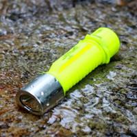 kostenlose tauch-taschenlampe großhandel-Freies Verschiffen Tauchen LED Taschenlampe Mini Portable Blitzlicht magnetische Steuerung T6 CREE Tauchen Ausrüstung Licht Super Brightest Fackel