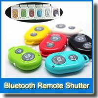 ipad promosyonları toptan satış-Promosyon Kablosuz Bluetooth Uzaktan Deklanşör Kamera Kontrolü zamanlayıcı iPhone ios iPad Samsung HTC LG Android Telefon için Shutte