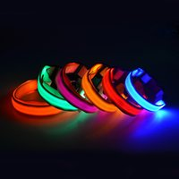 Color brillante collar de perro de tamaño intermitente USB LED collar de perro collar de perro de perrito recargable de nylon collar resplandeciente