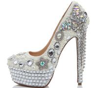 zapatos de boda estilo arco al por mayor-2017 Mujeres de Lujo Zapatos de Boda de Moda Rhienstone Bow Ultra High Heel Crystal Tassel Shoes Party Prom Pumps nuevo estilo