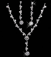 colar de strass conjunto de cristal venda por atacado-Barato Nupcial Charme Alloy Banhado Strass Conjunto Colar de Jóias de Cristal para o Casamento Da Noiva Da Dama de Honra Festa de Baile Frete Grátis 15049