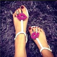 sandales plates rouges strass achat en gros de-Nouvelle arrivée 2014 été mode dames chaussures plates casual solide strass lèvres rouges femmes sandales pour livraison gratuite XWZ390