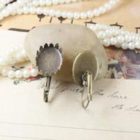 boucles d'oreilles base plateaux ébauches achat en gros de-(60 pièces / lot) 13 * 18mm bronze antique plaqué lunette sertie de boucles d'oreilles vides plateau base paramètre résultats de bijoux cy1007
