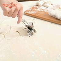 Wholesale Pie Bags - Wholesale- manual mold creative slice tool Pie Ravioli Mould Circle Dumpling Device Kitchen fast cutting dumpling bag dumpling maker