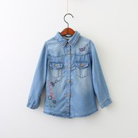 Wholesale Wholesale Button Down Shirts - Everweekend Girls Butterfly Floral Embroidered Denim Blouses Lovely Kids Button Pocket Fall Shirts 5 p l