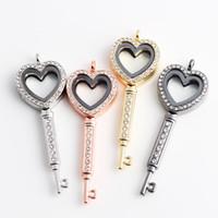 kayan cazibe locket anahtar zincirleri toptan satış-5PCS / Lot !! Anahtar Şekil Kalp Manyetik Cam Yüzen Rhinestones Zincirleri ile Locket Yüzer Charm Locket Dahil Renk Seçebilirsiniz Dahil FL55