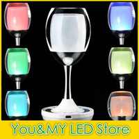 Mode 2.4G Mi.light Groupe sans fil LED Lamp USB Cycle Charge RVBW Magic Cristal Cristal Win Lumière Décoration Bar Desk pour Party