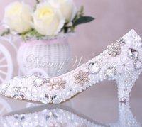 düşük topuk elbise ayakkabı düğün toptan satış-Lüks Zarif İmitasyon İnci Düğün Parti Dans Ayakkabıları Gelin Ayakkabıları Kristal elmas düşük topuklu ayakkabılar Kadın Lady Elbise Ayakkabı