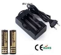 Wholesale 2x Eu - free shipping 2015 hot selling 18650 Travel Battery Charger EU Plug +2x Ultrafire 18650 4000MAH Li-ion Rechargeable Battery