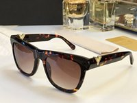 Wholesale vintage women style - Luxury 090 Sunglasses For Women Popular Retro Vintage Women Brand Designer Sunglasses Shiny Gold Summer Style Laser Logo Plated With Case