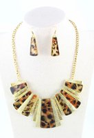 Barato Leopardo Colar Brincos Jóias-New Design Gold Plated Leopard Print Geometric Necklace Earrings Jóias Conjuntos