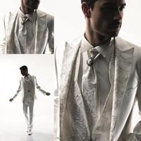 traje para novio al por mayor-2017 hombres de estilo occidental esmoquin traje de negocios marca jefe vestido de traje para la boda de los hombres de negocios formal trajes de los muchachos del novio esmoquin blanco