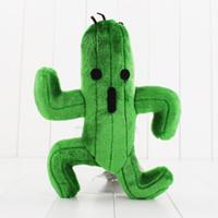 plüschtiere tags großhandel-1 Stücke Final Fantasy Cactus Cactuar Plüschtier Grüne Pflanze Gefüllte Weiche Puppen Mit Tag Weihnachtsgeschenk 24 cm Ca.