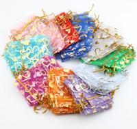 altın gümüş takı torbalar toptan satış-2017 10 renkler 7X9 cm Açık Altın Gümüş Kalp Küçük Organze Çantalar Takı Hediye Torbalar Şeker Çantası GB040