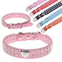 30pcs / lot Sweet Heart Charm 2 rangées de strass Soft PU Leather Dog Pet Collars SmallMedium Prix bon marché Bonne qualité Garantie