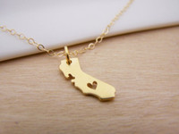 Wholesale Tiny Love Heart Pendant - 10pcs lot Gold Silver Tiny heart love California Necklaces Map Outline California State With Heart USA CA State Necklace N57