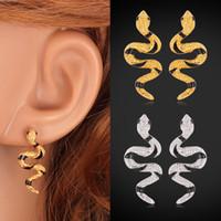 altın sap yılan küpe toptan satış-Sevimli Yılan Damızlık Küpe 18 K Gerçek Altın Kaplama Siyah Kristal Zarif Moda Takı Hediye Kadınlar Için Fabrika Toptan YE2270
