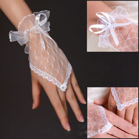 Wholesale fingerless sheer wrist gloves resale online - Best Selling Cheap Cheap Wedding Gloves White Short Length Wedding Accessories Bridals Gloves Lace Wedding Gloves Fingerless