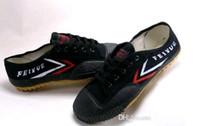 sapatos de arte homens venda por atacado-Feiyue Sapatos de tênis de lona ultra leve para homens e mulheres, para Kung fu, artes marciais e esporte casual | Navio de gota preto e branco clássico