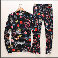 Wholesale Design New Tracksuits - Free Shipping 2017 New Arrival Autumn Fashion Snake Printed Famous Style Slim Famous Design Long-sleeved Mens Causal Fashion Tracksuits