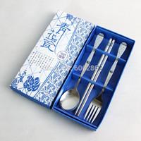 düğün kaşıkları çubukları toptan satış-Toptan 100 takım / grup Kaşık çatal ve Mavi Paslanmaz Çelik Sofra Düğün Masa Hediyeler ile Chopstick set
