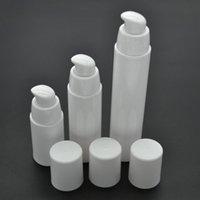 havasız şişe beyaz toptan satış-2015 Yeni beyaz kapak ile 15 ml beyaz havasız vakum pompası losyon şişe 200 adet Ücretsiz kargo