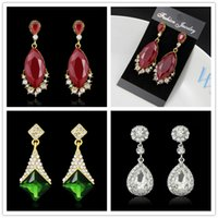 Fashion Retro géométrique Rhinestone Crystal Stud Dangle brillant Boucles d'oreilles pour femmes 3 styles Water Drop Chandelier Dangles
