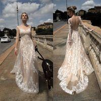 robe de mariée vintage en dentelle à manches longues achat en gros de-2018 robes de mariée en dentelle manches longues pure cou cou dos nu robes de mariée tribunal train ivoire robe de mariée vintage