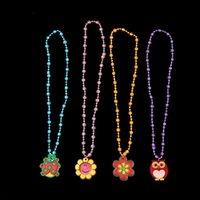 çocuklar yanıp sönen kolye toptan satış-Çocuk Çocuklar Için LED Kolye Karikatür Flaş Işığı Kolye Kolye Noel Partisi Dekorasyon Aksesuarları Oyuncaklar Hediyeler Ucuz Ücretsiz DHL 591