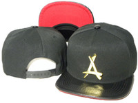 Snap back fashion negro Tha Alumni Snapback metal dorado