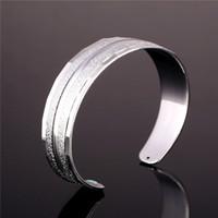 brazalete de platino para hombres al por mayor-Brazalete plateado oro 18K de la vendimia unisex para las mujeres / hombres Brazalete ancho plateado de la pulsera simple del estilo platino