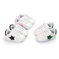 ingrosso scarpe a punta per i ragazzi-Baby sneaker primi camminatori simpatici bambini Five-Pointed Star patch suola morbida slip-on shoes ragazze prewalker per 0-2T