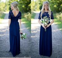 blaue kleider für hochzeiten groihandel-2018 Land Brautjungfernkleider Hot Long für Hochzeiten Marineblau Chiffon Kurzen Ärmeln Illusion Spitze Perlen Bodenlangen Maid Honor Kleider