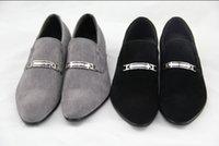 einzigartige männer schuh großhandel-Herrenschuhe der NEUEN klassischen Männer Hochzeitsschuhe der Männer einzigartige Männer beiläufige Schuhe 35p