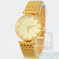 модные платья оптовых-Высочайшее качество женские часы золотого цвета Роскошные наручные часы красивое платье часы кварцевый механизм Новое поступление Модные наручные часы из нержавеющей стали
