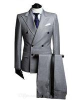 çift göğüslü tepe fıstığı smokin toptan satış-Çift Breasted Yan Vent Açık Gri Damat Smokin Tepe Yaka Groomsmen Mens Düğün Smokin Balo Suits (Ceket + Pantolon + Kravat) G1671