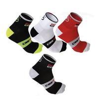 Wholesale Wholesales Road Bike - Wholesale-2015 New Monton Men Cycling Socks High Elasticity Outdoor Sports Wearproof Bike Footwear For Road Bike socks calcetines ciclismo