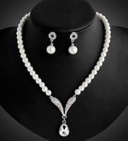 Wholesale Crystal Tear Drop Necklace - Bridesmaid Jewelry Set for Wedding Crystal Rhinestone Tear Drop-Shaped Fashion Jewelry Pearl Necklace pendants Earring Party Jewelry Sets