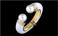 vergoldeten armbänder großhandel-Mode Armbänder Armreifen Handgefertigte Emaille Man Made Pearl Vintage Blumen Design Schmuck 18 Karat vergoldete Armreifen BR-03155