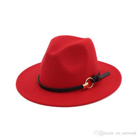 yeni his moda toptan satış-Yeni Moda keçe caz şapkalar Klasik ÜST şapkalar erkekler kadınlar için Zarif Katı keçe Fedora Şapka Band Geniş Düz Ağız Şık Fötr Panama Caps