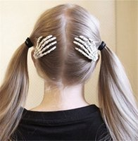Nuevo Skull Hand Bone Hairpin Gripper Ghost Skeleton Hair Clips Hairclips
