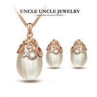 Rose Gold Color Opals Retro Hollow-out Style Circles Element Pierres de Strass Water Drop Femme Ensemble de bijoux Collier / Boucles d'oreilles